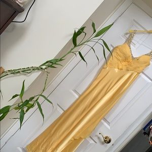 Canary yellow pure silk gown